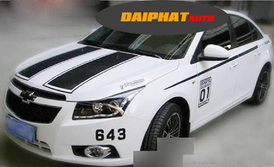 Dán decal xe hơi tem thể thao ô tô đẹp chuyên nghiệp tphcm