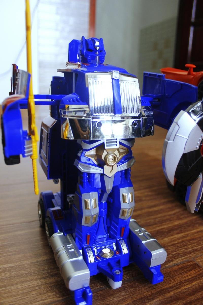 giá bán xe robot biến hình rẻ đẹp hcm 006