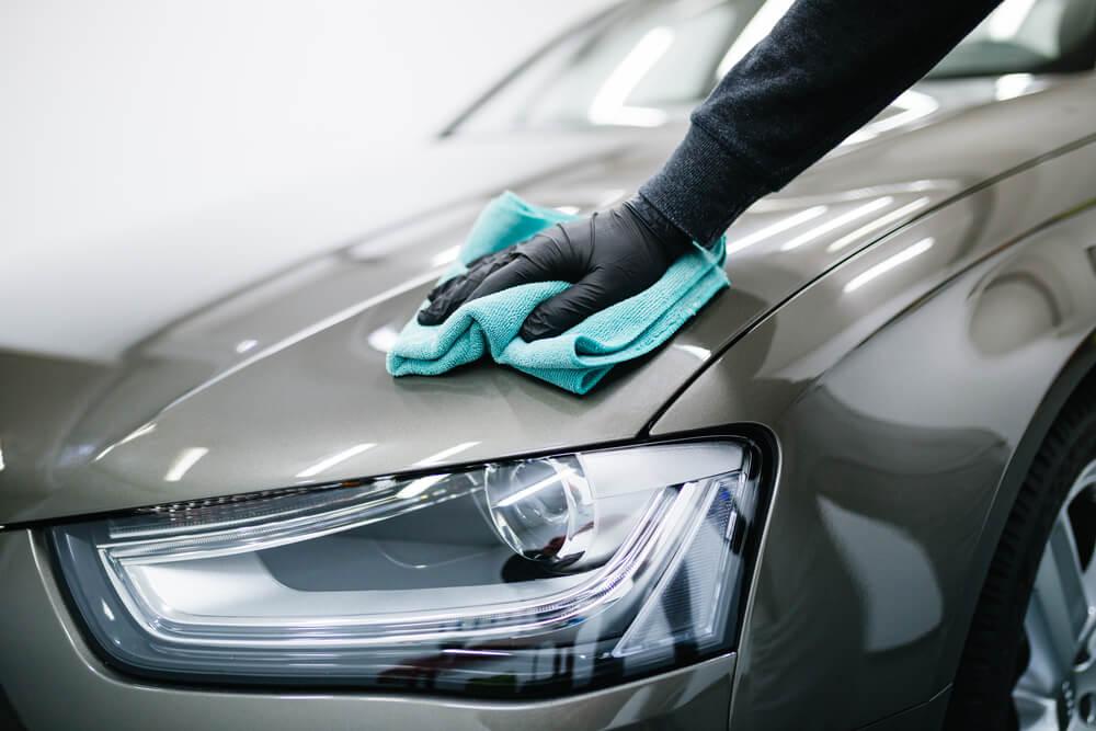 Cuối năm phủ nano xe hơi để bảo vệ xe cho năm mới