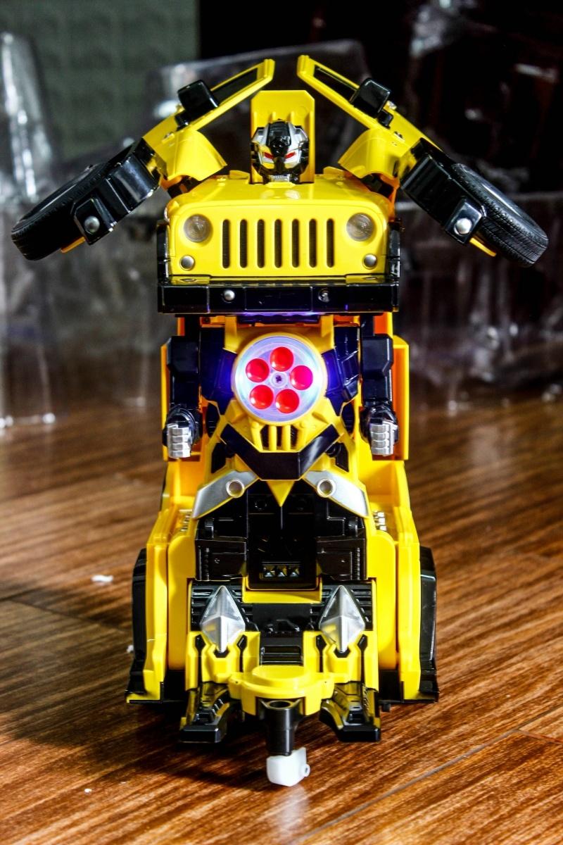 giá bán xe robot biến hình rẻ đẹp ở tphcm 004