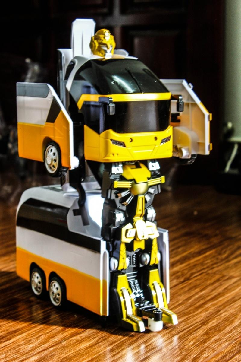 giá bán xe robot biến hình giá rẻ đẹp tại tphcm 0003