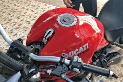 Phủ Ceramic Ducati Monster 821 2018